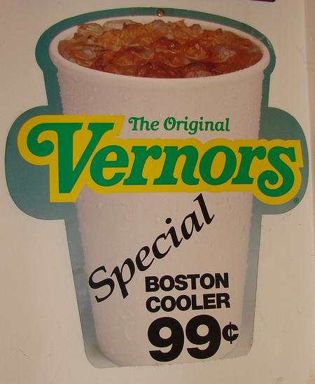 Vernor's Ginger Ale Boston Cooler with no ice.Courtesy of Keith Wunderlich