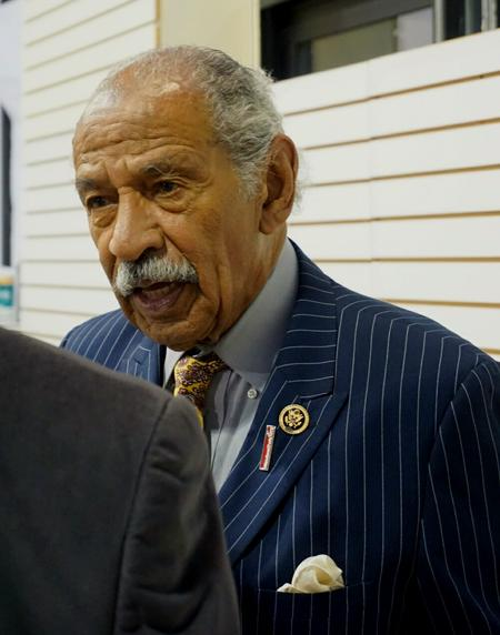 Congressman Bennie Thompson stands up for Rep. John Conyers