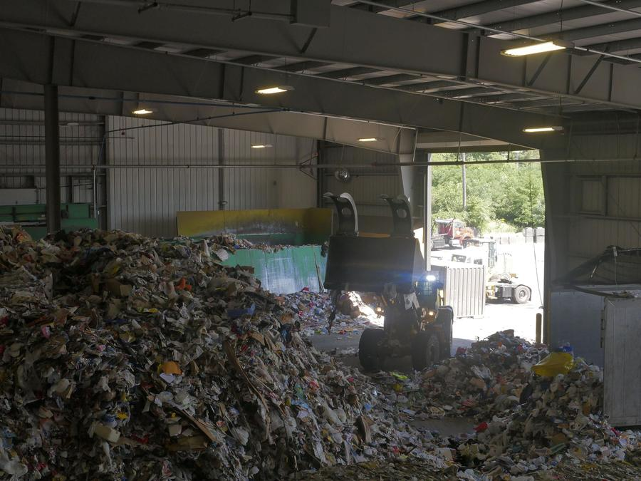 CuriosiD: What Happens to the Stuff I Recycle? | WDET