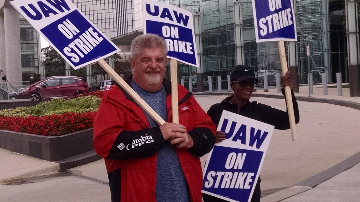 General Motors facing massive work stoppage as UAW announces strike
