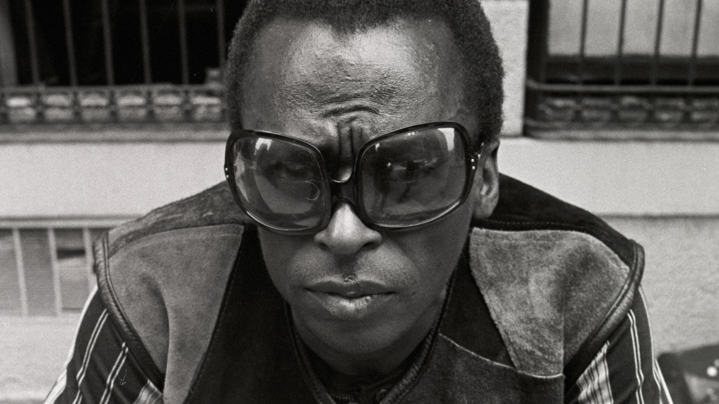 """Documentarian Stanley Nelson Tells Miles Davis' Story in """"Birth of the Cool"""" 