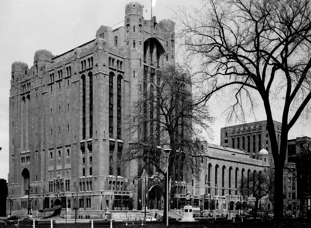 "Author Bill Loomis Explores City's Past in ""Secret Societies in Detroit"""